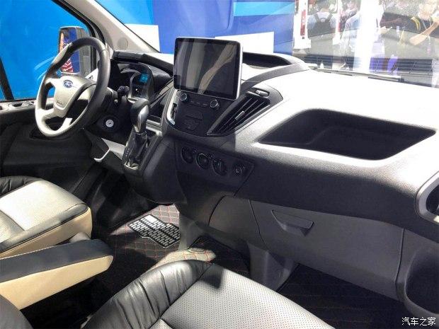 福特全顺自动挡上市 售价15.49-16.79万-汽车氪
