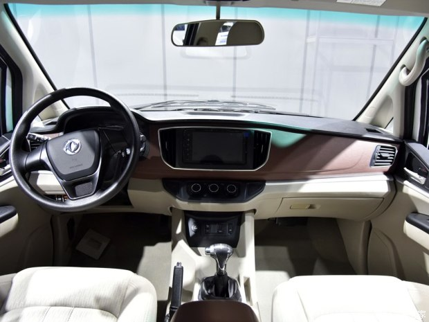 菱智M5 EV正式上市 补贴后售11.59万元-汽车氪