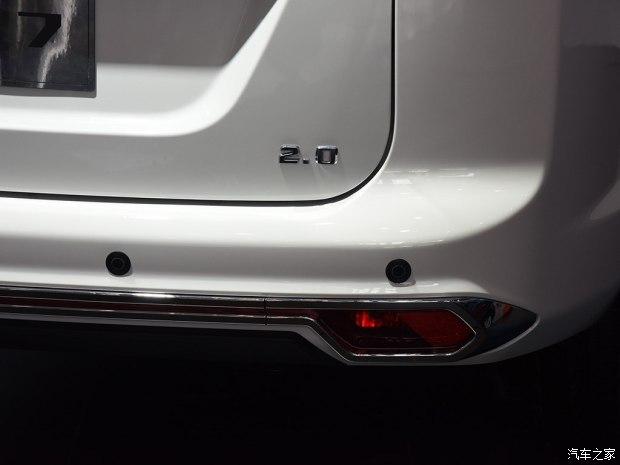 华泰汽车 圣达菲7 2017款 2.0L 手动幸福型