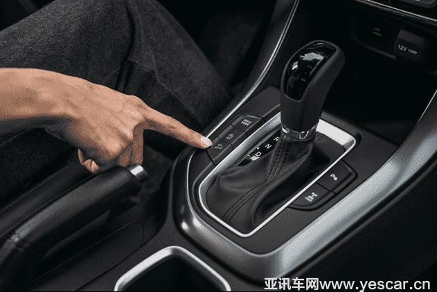 对比荣威RX5和传祺GS4 新一代ix35如何实现安全又硬气1140.png