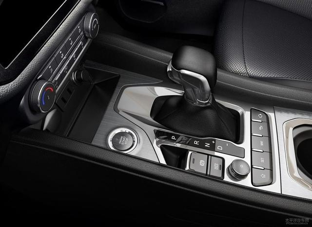奇瑞新款瑞虎5x上市 售价6.59-9.09万元-车神网