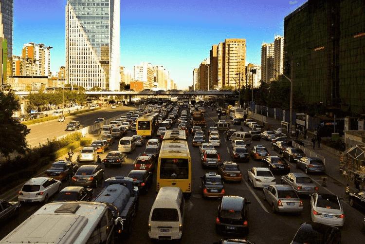 """外地车进京政策愈发严格,""""北漂""""如何解决出行难题?"""