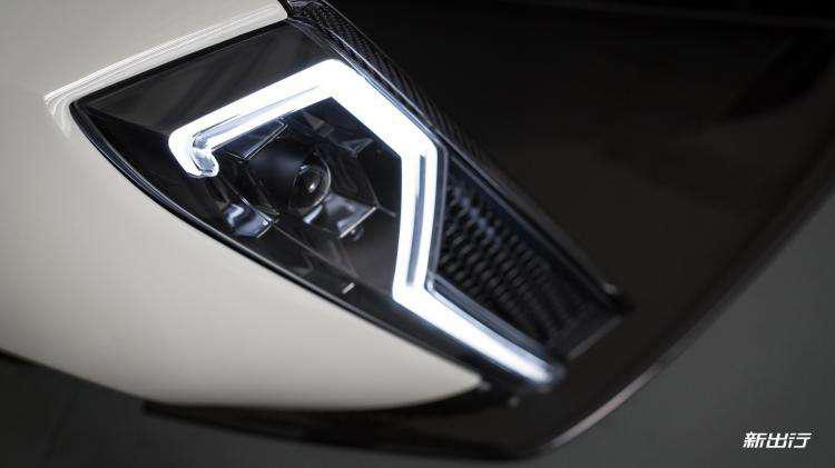 源于F1技术 新加坡首款电动超跑日内瓦车展发布-汽车氪