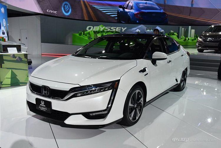 本田CLARITY纯电版、混动版将于4月正式发布-汽车氪