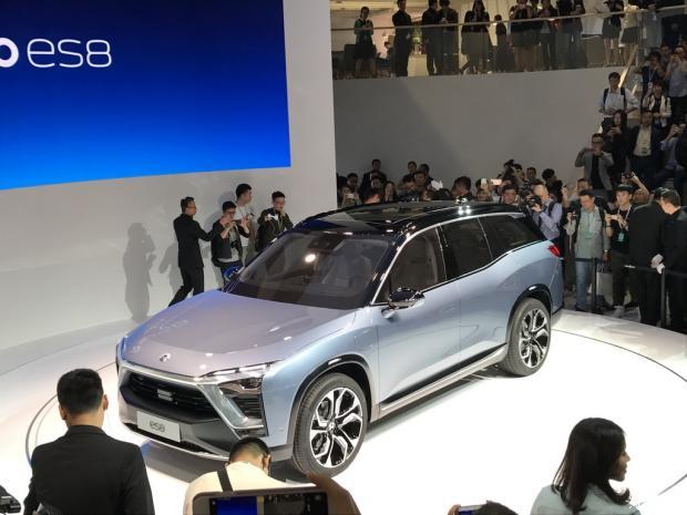定位大型SUV 蔚来ES8概念车正式亮相-车神网