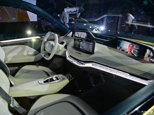 斯柯达明锐旅行车/VISION E概念车首发-汽车氪