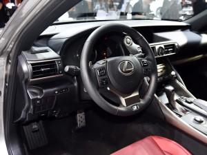 售32.49-45.3万 新款雷克萨斯IS上市-汽车氪