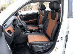 陆风汽车 陆风X2 2017款 1.6L 自动铂锐版