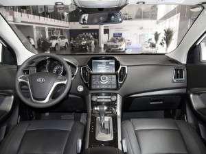 华泰汽车 圣达菲 2016款 1.5T 汽油自动两驱智享i3型