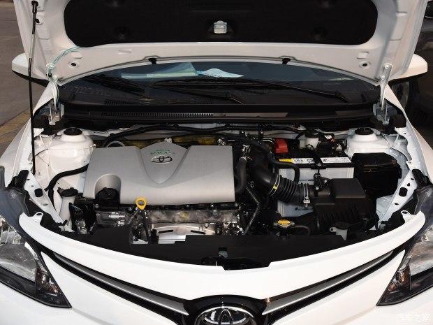 一汽丰田 威驰FS 2017款 1.5L CVT锋潮版
