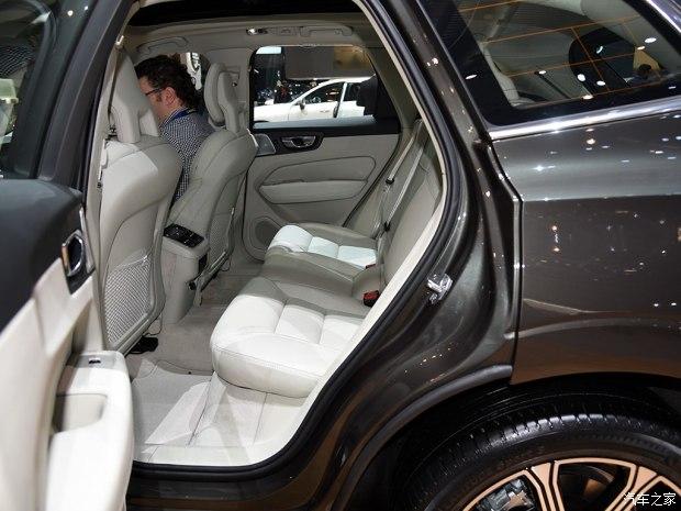 沃尔沃(进口) 沃尔沃XC60(进口) 2017款 基本型