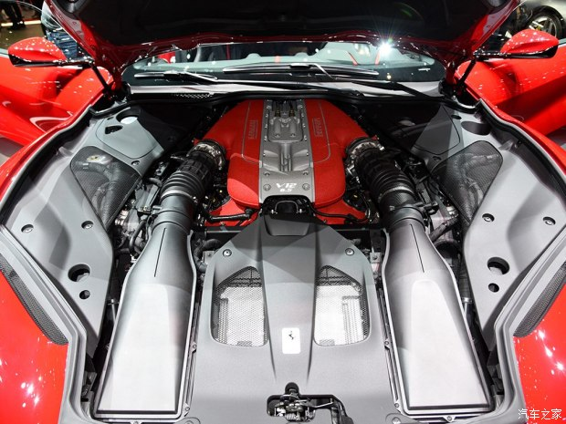 法拉利 812 Superfast 2017款 6.5L 标准型