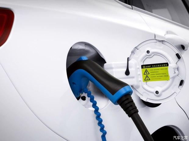 北汽新能源 EU系列 2017款 EU400 乐享版
