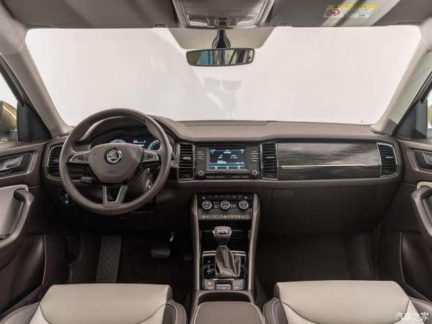 上汽斯柯达 柯迪亚克 2017款 330TSI 7座两驱豪华版