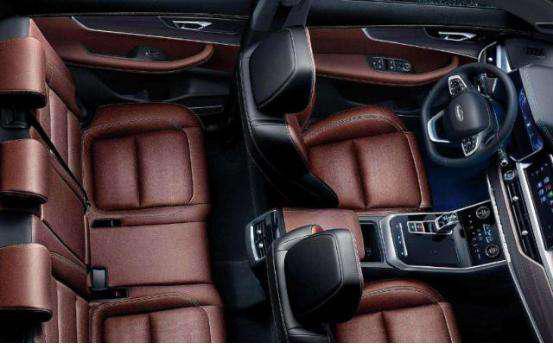 10万元大7座SUV,长安欧尚科赛和瑞虎8怎么选?
