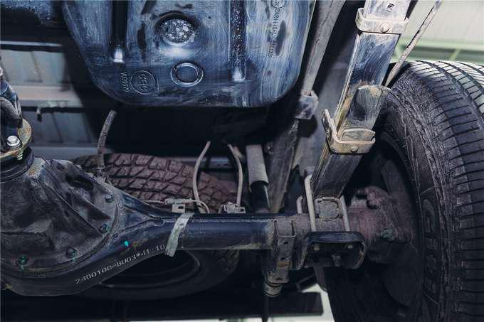 走进长安全球研发中心看长安凯程F70车底的秘密-图2