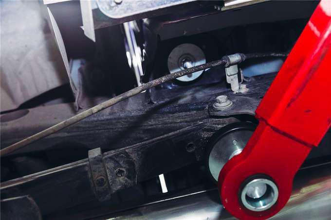 走进长安全球研发中心看长安凯程F70车底的秘密-图4