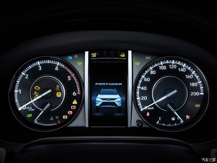 中期改款丰田Fortuner奔跑者发布两种外观设计