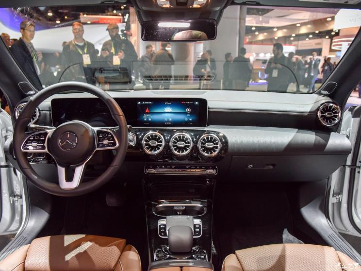 奔驰(进口) 奔驰CLA级 2019款 CLA 250