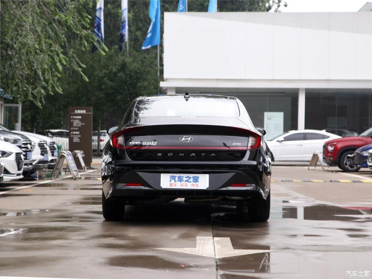 北京现代 索纳塔 2020款 270TGDi GLS DCT精英版