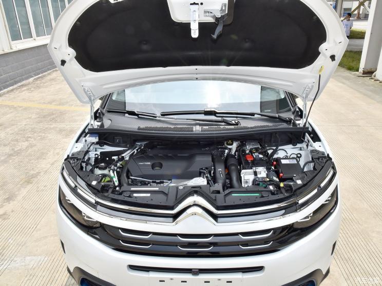 东风雪铁龙 天逸 C5 AIRCROSS新能源 2020款 1.6T 四驱插混尊享型
