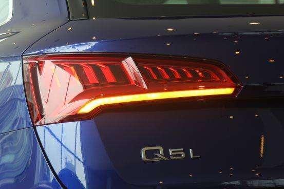 汽车尾灯设计的演变史你知道吗?