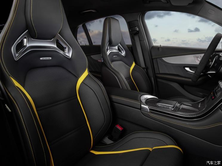 梅赛德斯-AMG 奔驰GLC AMG 2019款 AMG GLC 63 S 4MATIC 轿跑SUV